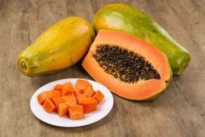 Know the amazing health benefits of eating papaya