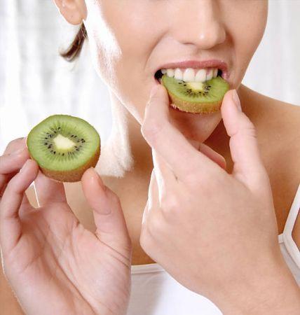 Five amazing health benefits of eating Kiwi | News Track Live ...
