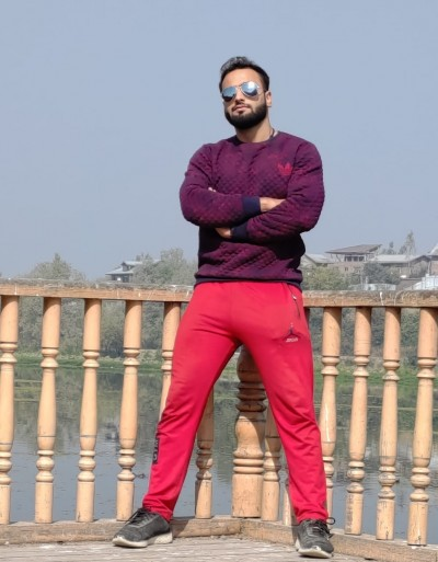 Meet How, Adil shalla an authorized fitness trainer and nutrionist,is trying to motivate people