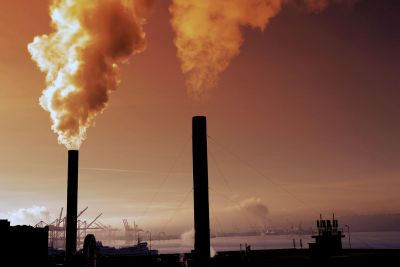 Air pollution increases the risk of miscarriages to a great extent