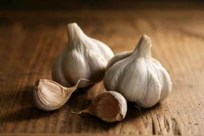 6 Benefits to eat garlic every day