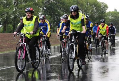 Cycling can lower down the risk of death due to CVD and Cancer