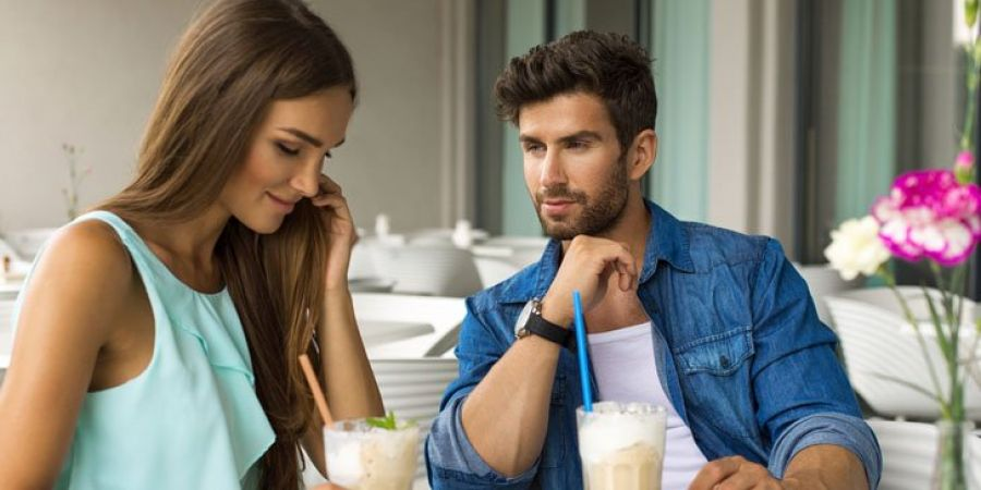 On first date, men noticed these 5 things in women, are you have these qualities…