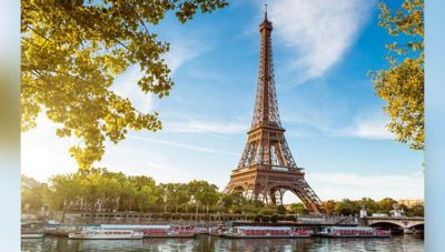 Celebrate Your Valentine day 2018 in the City of Love: Paris