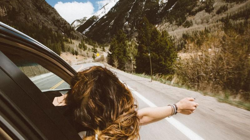 सड़क यात्रा करने से पहले रखें इन 4 बातों का ध्यान
