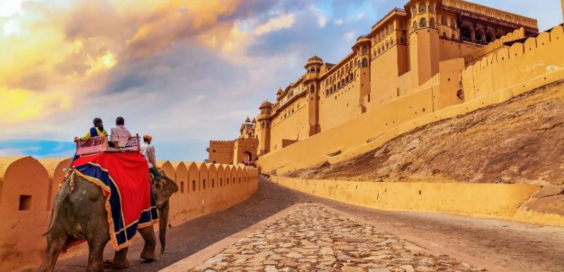 Meet the history at Rajasthan, visit these 4 historical and beautiful places