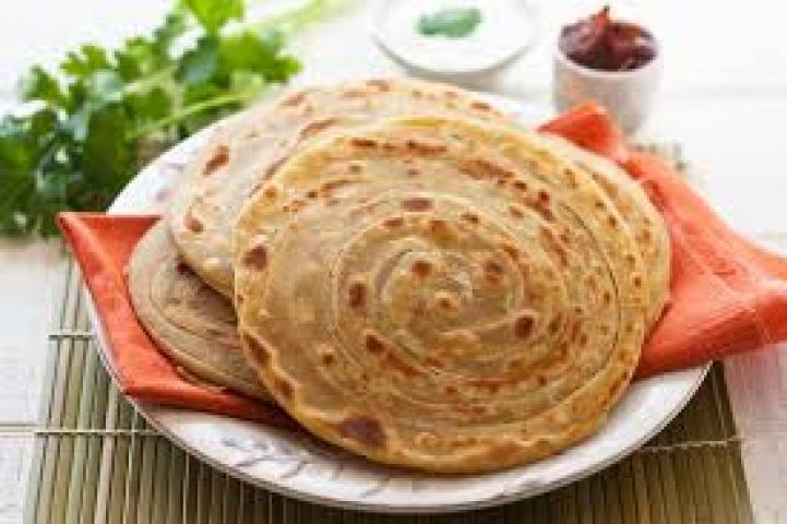 Crisp, layered and flaky 'Lachcha Paratha' for you !