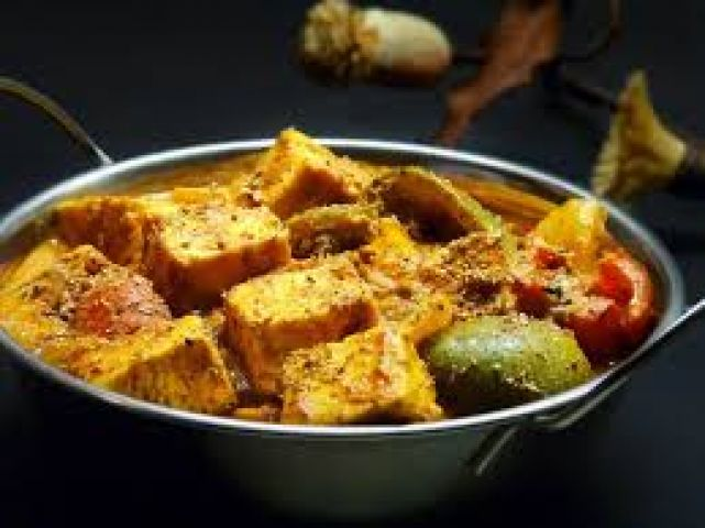 Restaurant style semi dry curry made with cottage cheese;Kadai Paneer