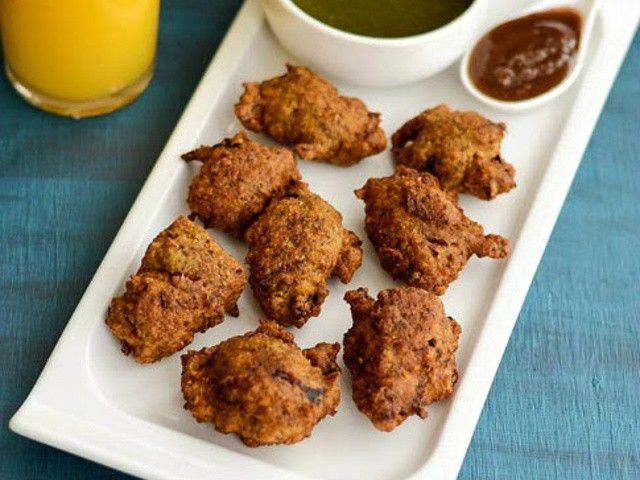 Delicious 'Moong Dal Pakoda' for this rainy season !