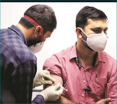 Mumbai: 62 private hospitals to restart covid vaccination drive today