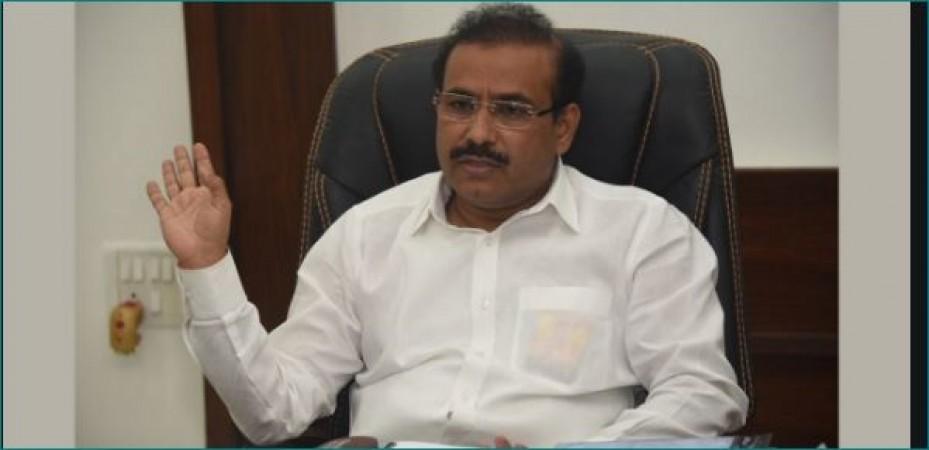 खुराक की कमी के की वजह से हमें लोगों को वापस भेजना पड़ रहा है: स्वास्थ्य मंत्री राजेश टोपे
