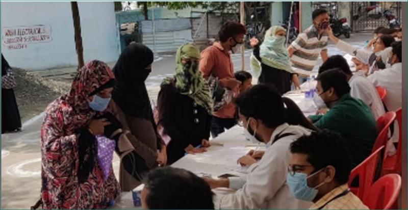 सांकेतिक हड़ताल पर हमीदिया अस्पताल के जूनियर डॉक्टर