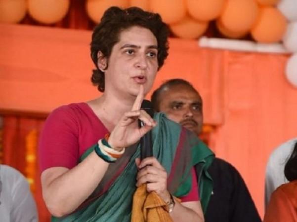 प्रियंका गांधी का आरोप- कोरोना पॉजिटिव के संपर्क में आने के बावजूद रैली में जा रहे योगी