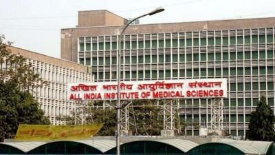 Big news! 102 AIIMS doctors infected with corona, ruckus in capital