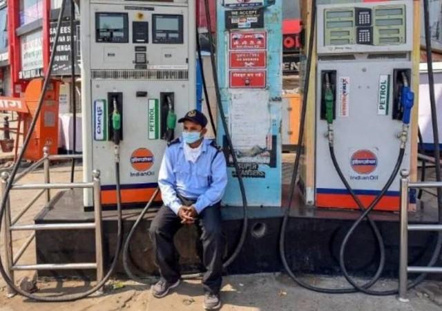 राजस्थान में 7000 से अधिक पेट्रोल पंप हड़ताल पर, आम जनता की मुश्किलें बढ़ीं
