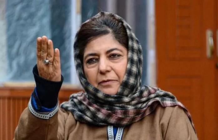 'बन्दूक की भाषा कोई नहीं समझेगा, आप मारे जाओगे...', कश्मीर के आतंकियों से महबूबा की अपील