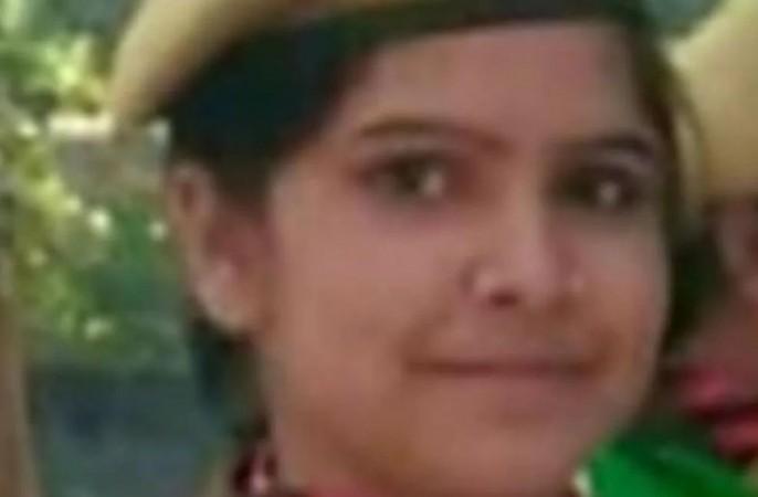 महिला सिपाही ने जहर खाकर की ख़ुदकुशी, प्रेम-प्रसंग में आत्महत्या करने की आशंका