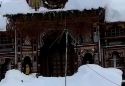 Changes in the date of opening of the doors of Badrinath Dham