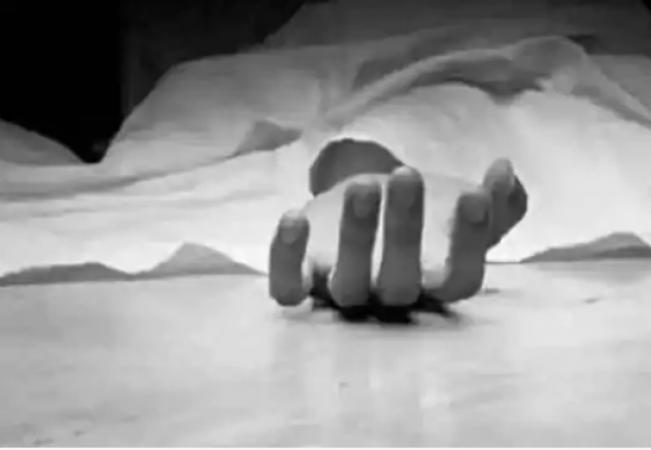 आर्थिक तंगी से परेशान कोरोना मरीज ने ली खुद की जान