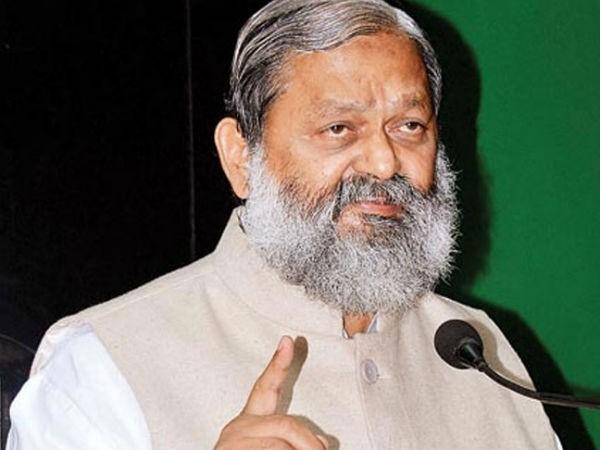 हरियाणा के स्वास्थ्य मंत्री ने लगाया बड़ा आरोप, कहा- दिल्ली सरकार ने लूट लिया हमारा ऑक्सीजन टैंकर...