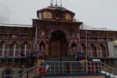 Demand of opening Badrinath's door after Kedarnath
