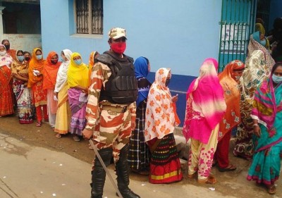 37.80 percent polling in Bengal elections till 11 pm, 35 seats go to polls