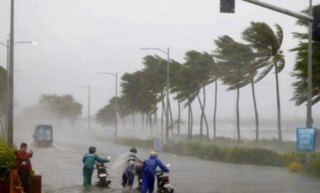 आधे हिन्दुस्तान पर आफत की बारिश, उफान पर नदियां, जानिए राज्यों का हाल