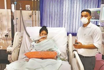 Doctors get huge success in giving oxygen to young girl in Uttar Pradesh