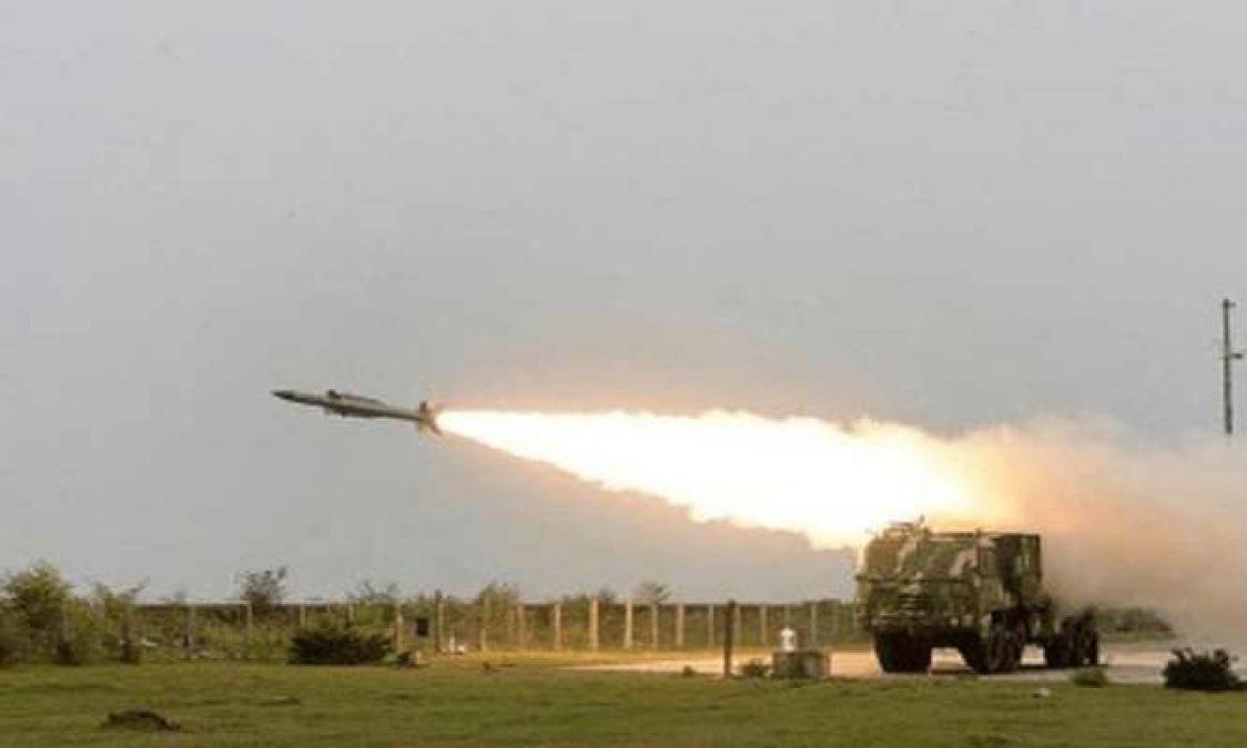 भारत ने जमीन से वायु में मार करने वाली मिसाइलों का किया परीक्षण