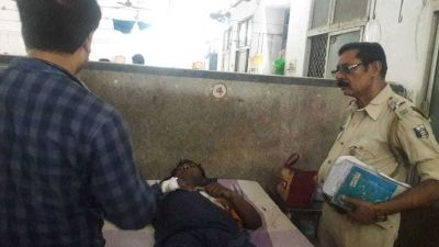 A woman killed in Seemanchal Express, Police Suspect the Injured Husband