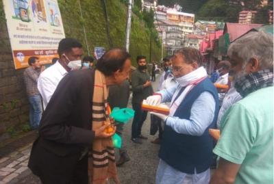 'Jai Shri Ram' resonates in Himachal Pradesh, people celebrate Bhoomi Poojan