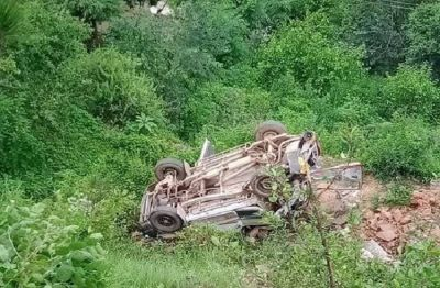 9 students feared dead as School bus rolls down gorge in Tehri Garhwal