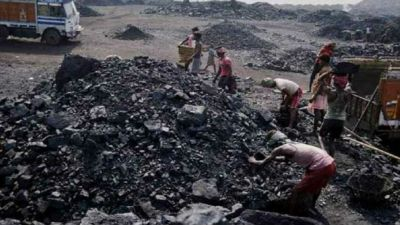 Jharkhand: Explosion during illegal mining, 4 workers seriously injured
