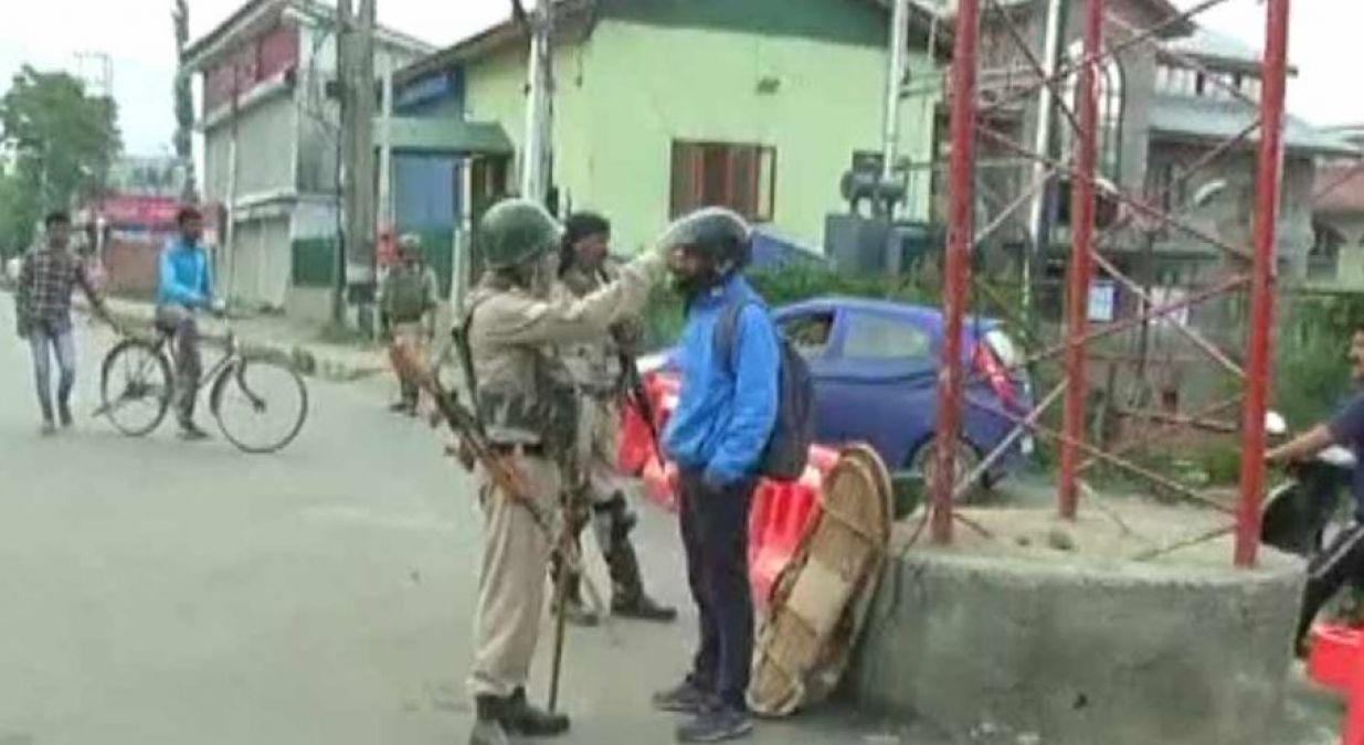 जम्मू-कश्मीर : चप्पे-चप्पे पर जवान तैनात, आपातकालीन सेवाओं पर खासा जोर दे रहा प्रशासन
