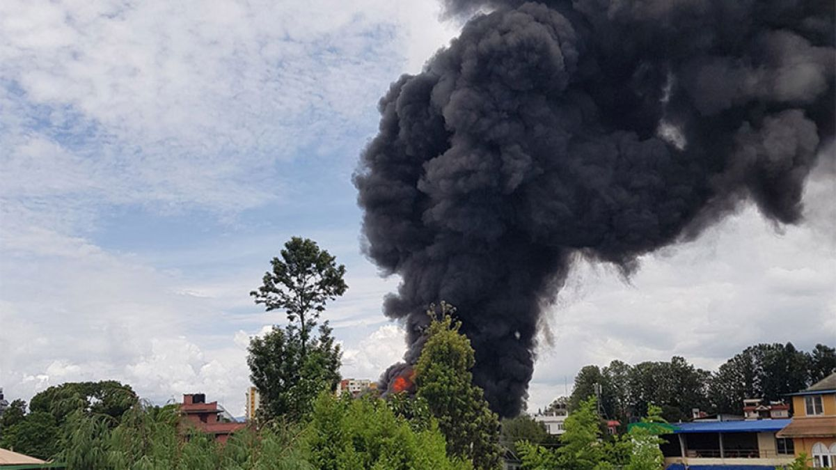 Nepal: Massive fire in building, property worth crores burnt