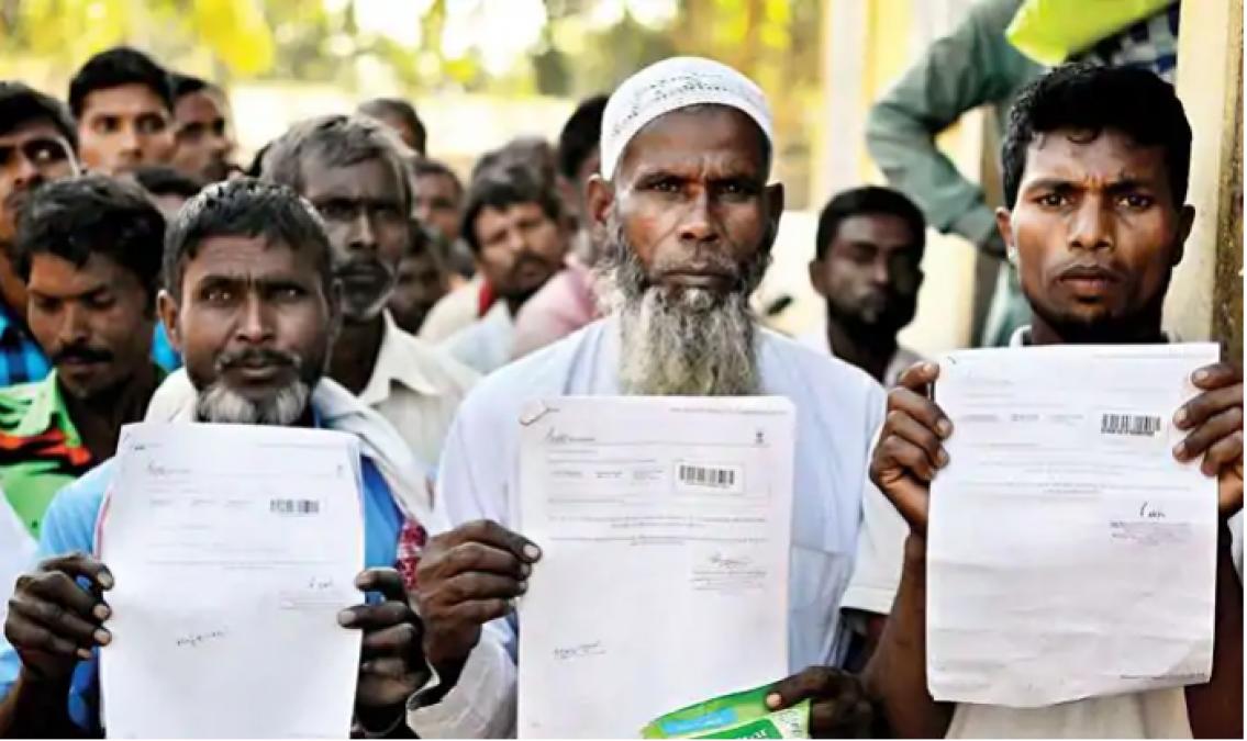 असम NRC: 40 लाख लोगों में से कितने जाएंगे बांग्लादेश, फैसले में 22 दिन शेष !