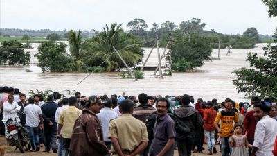 Flood wreaks havoc in southern India, thousands of army personnel engaged in rescue operations