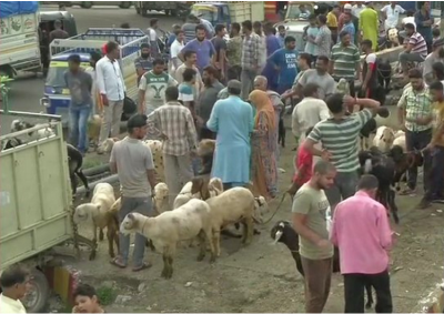 J&K: Situation remains normal, People shopping for Eid