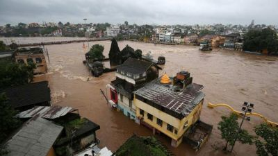 Flood engulfs several districts of Maharashtra, CM Fadnavis demands Rs 6800 crores from the centre!