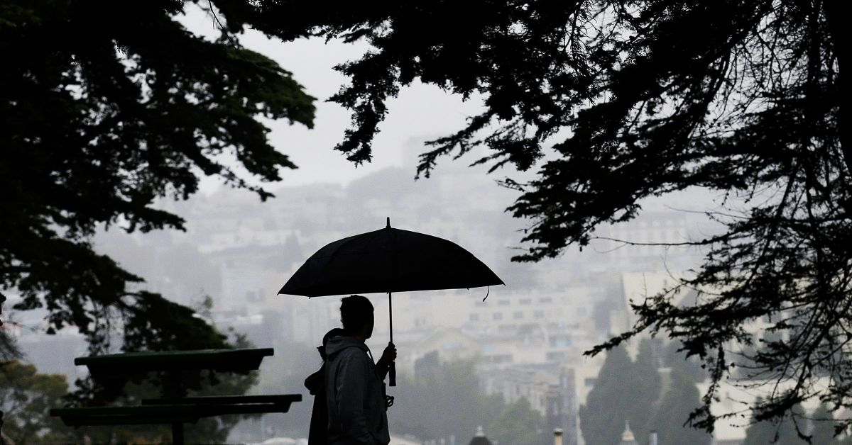 Met department predicts heavy rain in these states