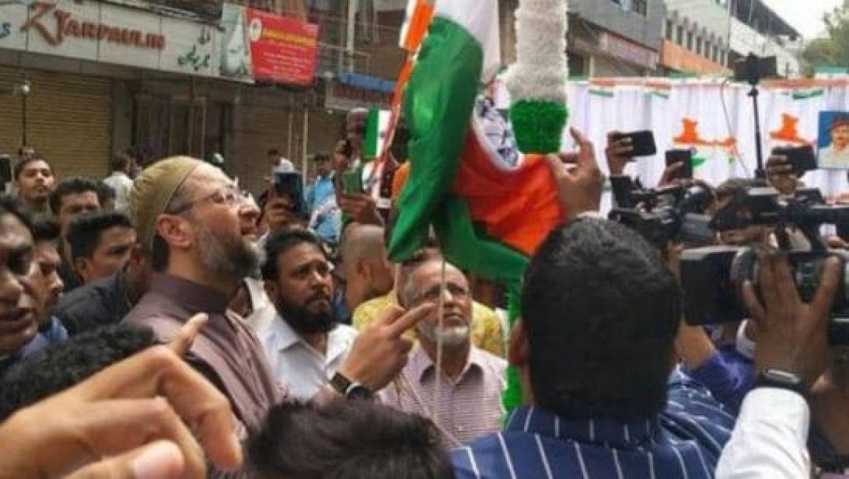 Asaduddin Owaisi celebrates Independence Day, unfurled tricolor at Madina Chowk in Hyderabad