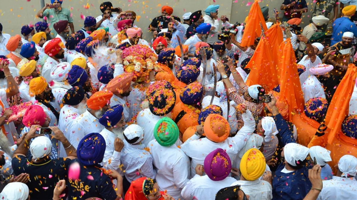 Nagar kirtan from Pakistan reaches India for the first time