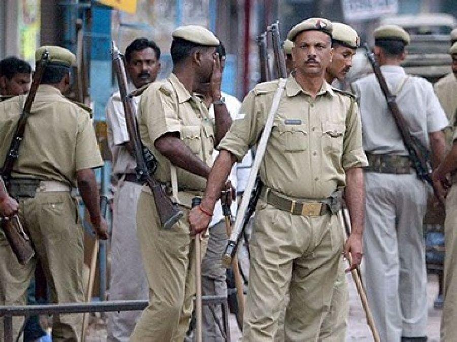 Uttar Pradesh: 50 thousand wanted crooks surrender to Police