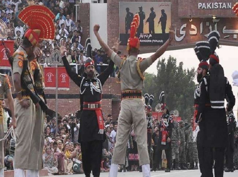 Pakistani nationals danced in celebration of Indian Independence Day, Pak rangers beaten him up