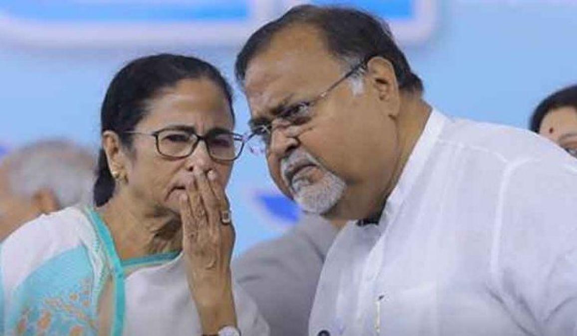 शारदा चिट फंड स्कैमः पार्थ चटर्जी और राजीव कुमार से सीबीआई ने की पूछताछ
