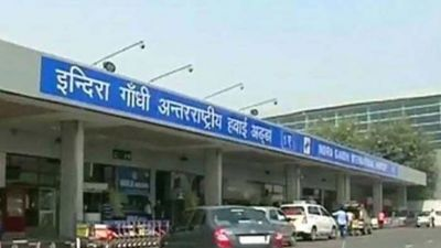 Man informs police about 'fidayeen' wife on way to bomb Delhi airport