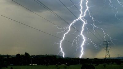 Lightning struck a girl visiting Chandigarh, death