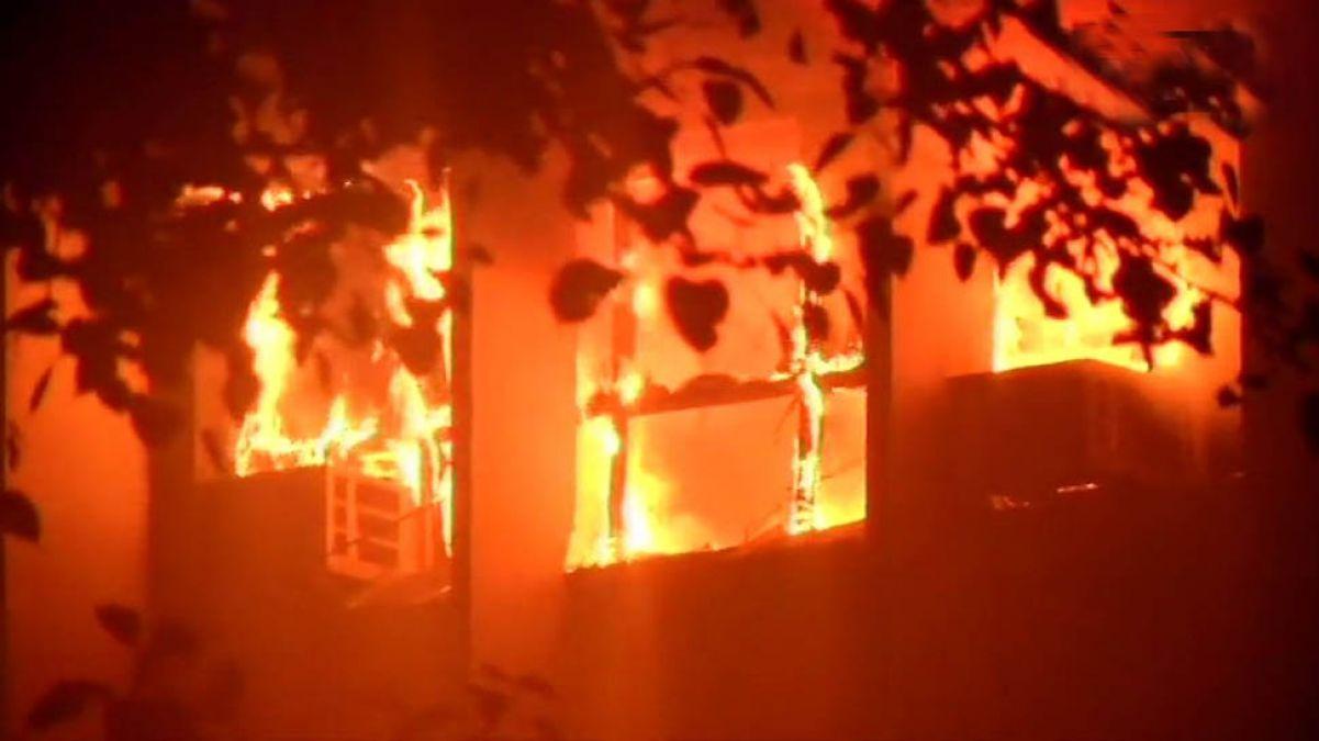 AIIMS में भड़की भीषण आग को लेकर दर्ज हुई FIR