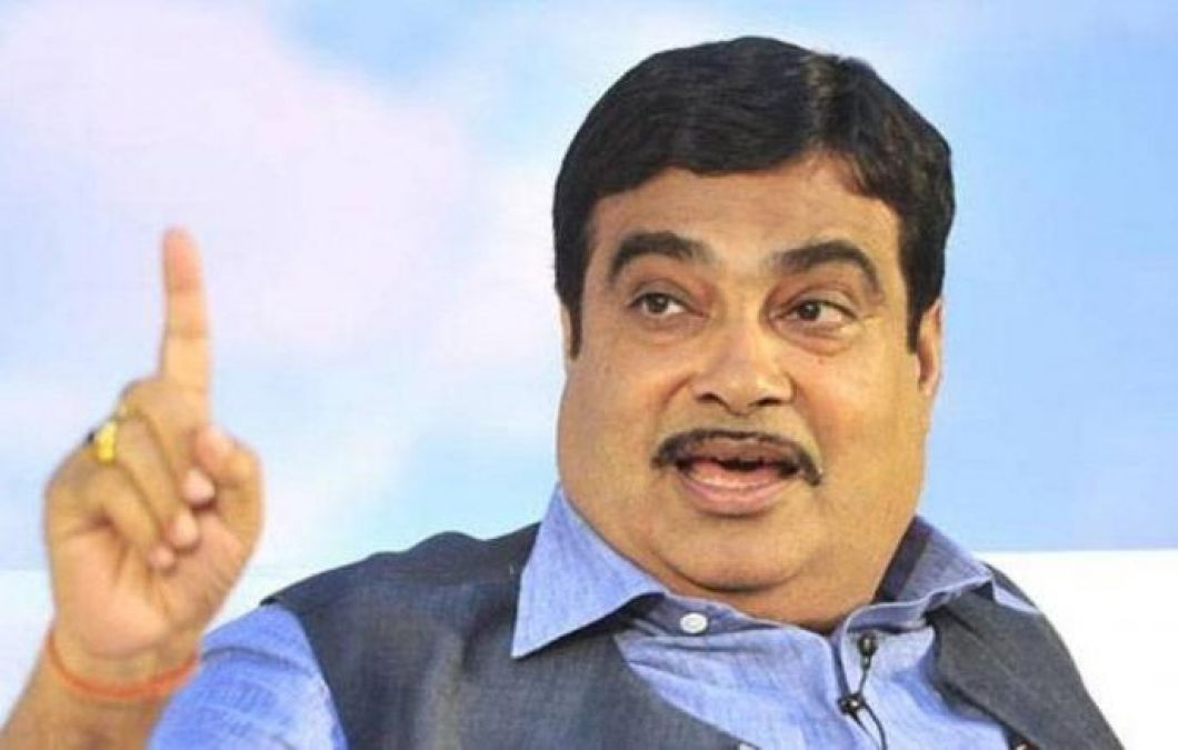 Gadkari hits out at  bureaucracy