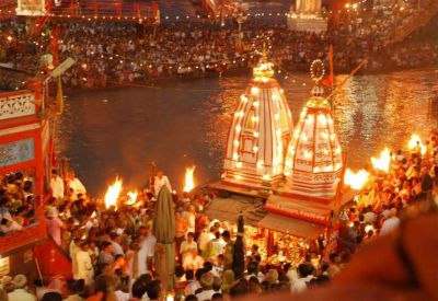 Ganga Aarti will be now telecast live, LED screen will be installed at all ghats of Varanasi